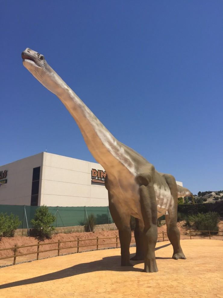 dinosaurio en dinopolis